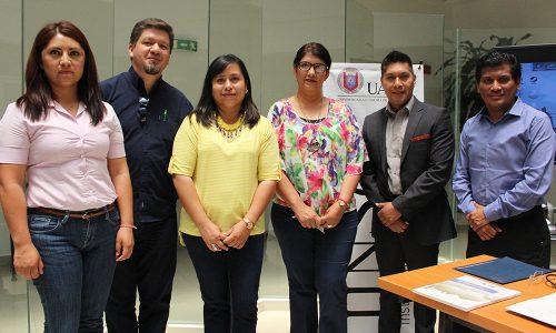 """Presentación del libro: """"Salud reproductiva de los estudiantes de las escuelas públicas de educación media y media superior en Nuevo León"""", Dr. David de Jesús Reyes."""