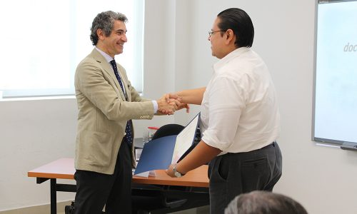 """Conferencia: """"Salud y Desarrollo Sustentable"""" por el Dr. Diego Bernardini."""